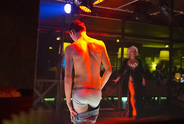 Photos Inside A Gay Club In Sochi Vocativ