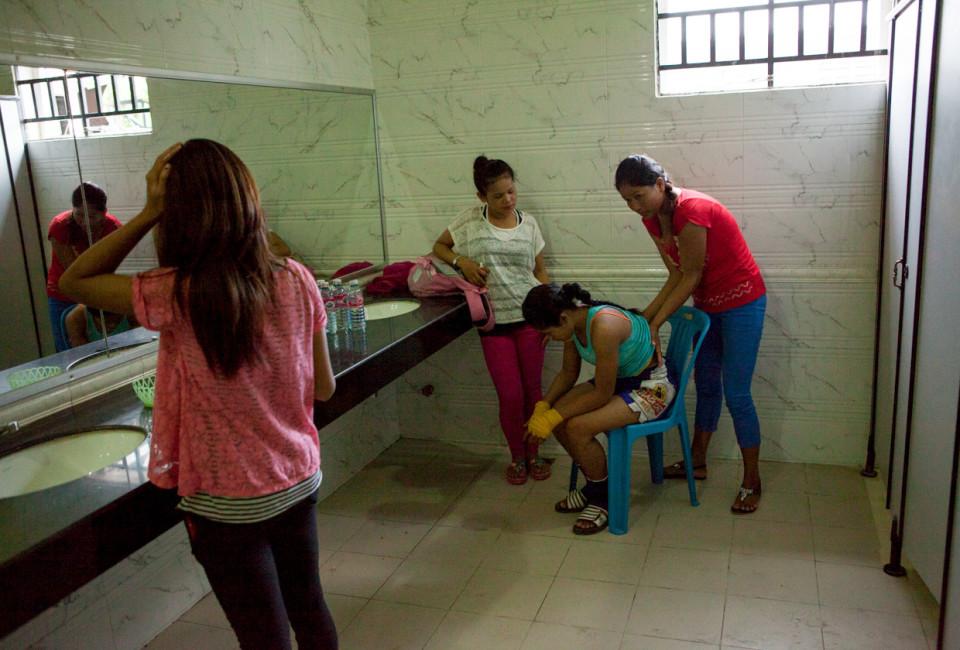Cambodia Fighting 09