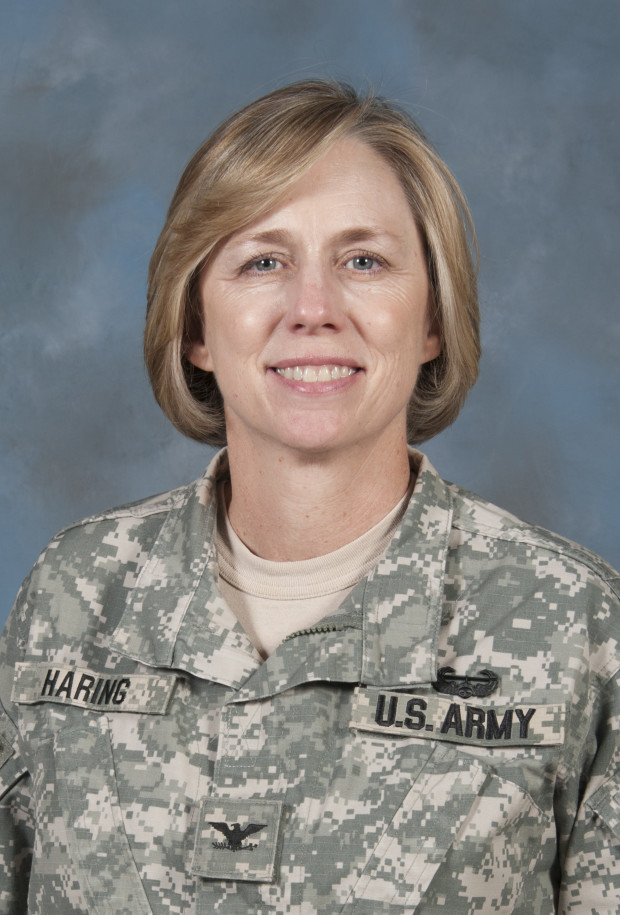 US Military Women Leaning In 06