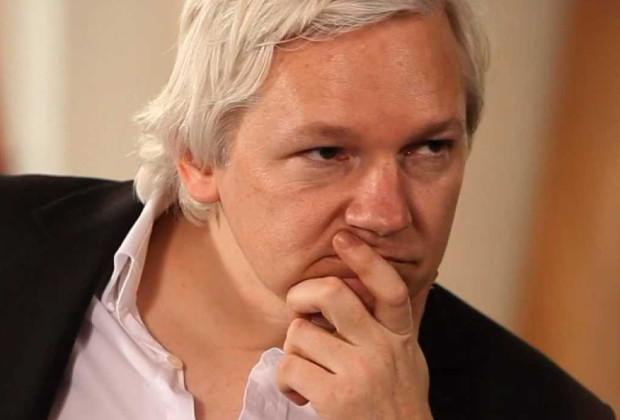 RT Anchor Quits On Air Julian Assange