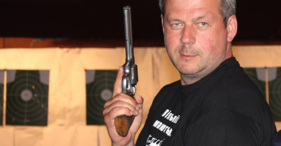 Ukrainians Want to Arm Themselves to the Teeth