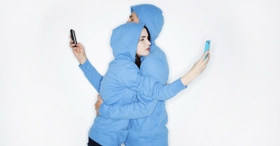 Study Says Excessive Tweeting Can Be Linked to Cheating, Jealousy