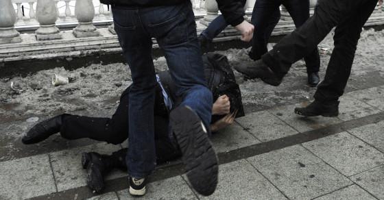 Moscow's Craziest Street Brawl