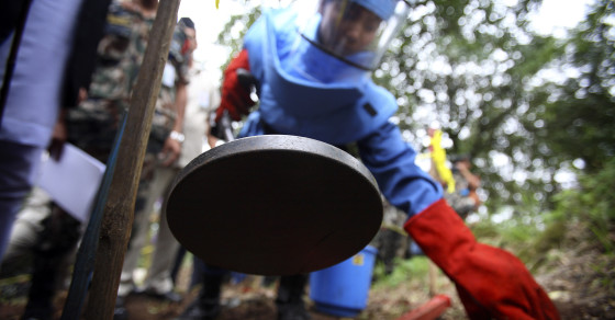 Three Geeks and Their Robots Could Rid the World of Landmines