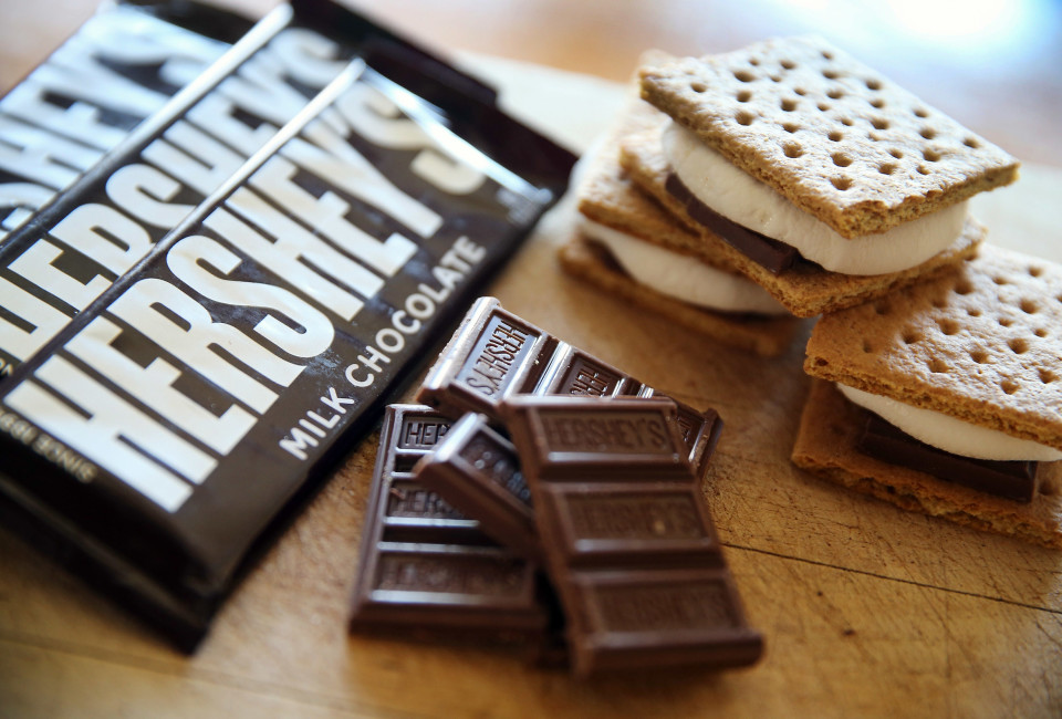 Hershey's candy bars are shown on July 16, 2014 in Chicago, Illinois. Hershey Co., the No.1 candy producer in the U.S., is raising the price of its chocolate by 8 percent due to the rising cost of cocoa. This is the company's fist price increase in three years.
