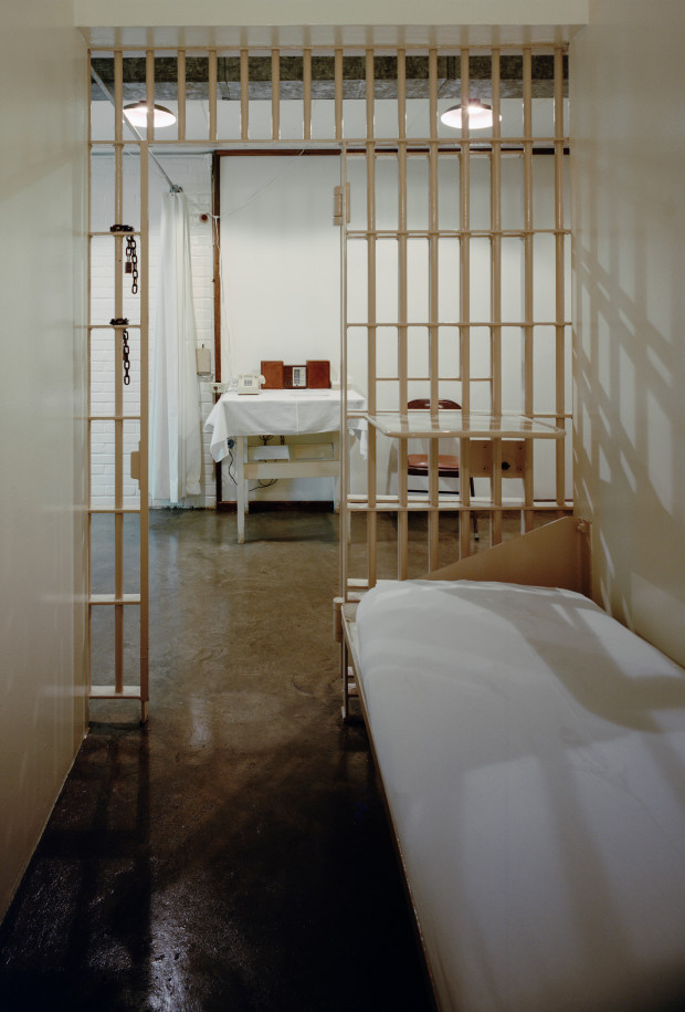 "DHF952 This is a cell at ""The Walls"" prison in Huntsville, Texas, the cell is reserved for death row inmates facing immediate execution. Image shot 1999. Exact date unknown."