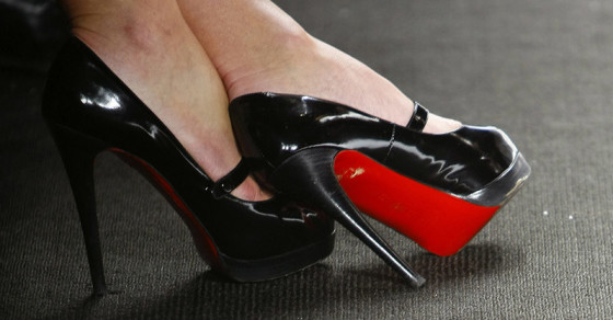 New Study: Women Wearing Heels Can Get Men to Do Things