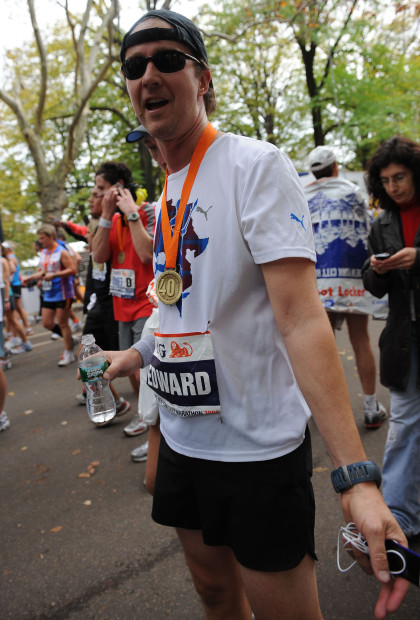 November 1 2009, New York City Edward Norton at the  ING New York City Marathon on November 1, 2009 in New York City  (Credit Image: © Sharkpixs/ZUMApress.com)
