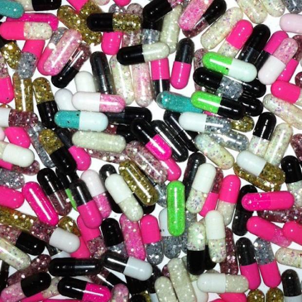 glitter pills_500