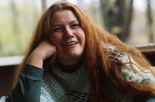 13 May 1977, Guilford, Connecticut, USA --- Guilford, Connecticut: Colleen McCullough, author of The Thorn Birds, at a friend's home. --- Image by © Bettmann/CORBIS