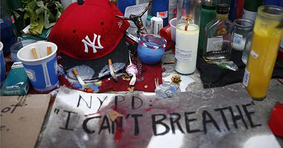 Grand Jury Rules Not to Prosecute Cop in Eric Garner's Death