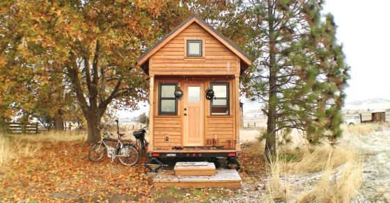 Big Love, Small Spaces: A Dating Site for People With Tiny Houses
