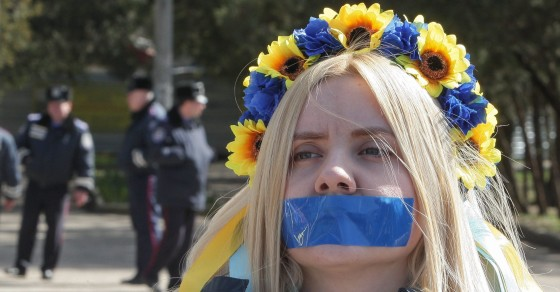 Crimea Colludes With Russia To Block Ukrainian Websites