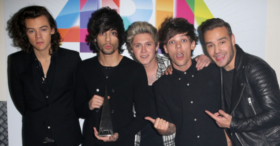 One Direction Fans Tweet About Cutting Themselves Over Zayn Malik