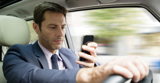 Smartphone Use In The Car Now Includes Social Media, Selfies