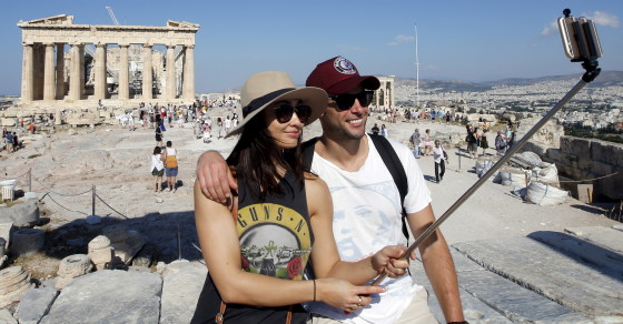 Searches For Vacations In Greece Hit 10-Year High