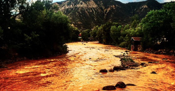 Shocking Images From The Toxic Spill In Colorado's Animas River