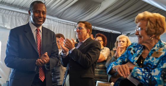 Ben Carson Ate Jeb Bush's Lunch On Google This Month