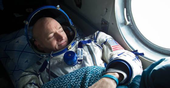 Astronaut Scott Kelly Will Poop A Shooting Star