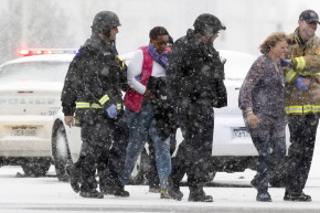 Hundreds Cheer Planned Parenthood Rampage As GOP Stays Silent