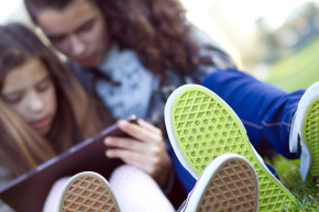 For Teens On Facebook, More Friends Mean More Problems