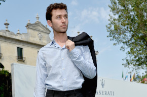 """""""Help Me"""": Porn Performers Detail New Allegations Against James Deen"""