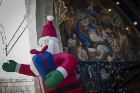 O Little Town Of Selfies: Images From Christmas in Bethlehem