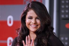 How Selena Gomez Won The Instagram Popularity Contest
