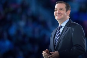 Ted Cruz Knows Nothing About Sports, Tries To Pander To Sports Fans