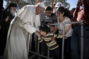 Muslims Slam Arab Leaders After Refugee Kneels At Pope's Feet