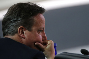 Brits Call For Cameron's Head After Panama Papers Admission