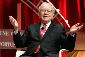 Warren Buffett Tries To Buy A Smart Basketball