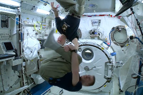 Why Astronauts Don't Get Dizzy In Space