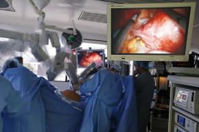 Doctors Finally Stop Grinding Up Uteruses, Thanks To FDA Probe
