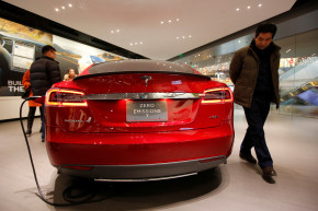 Did Bad Translation Cause A Tesla Crash In China?