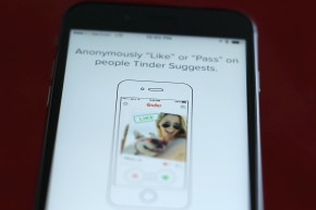 Tinder Users Face Body Dissatisfaction And Low Self-Esteem