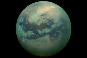 Cassini Orbiter Finds Liquid on Saturn Moon