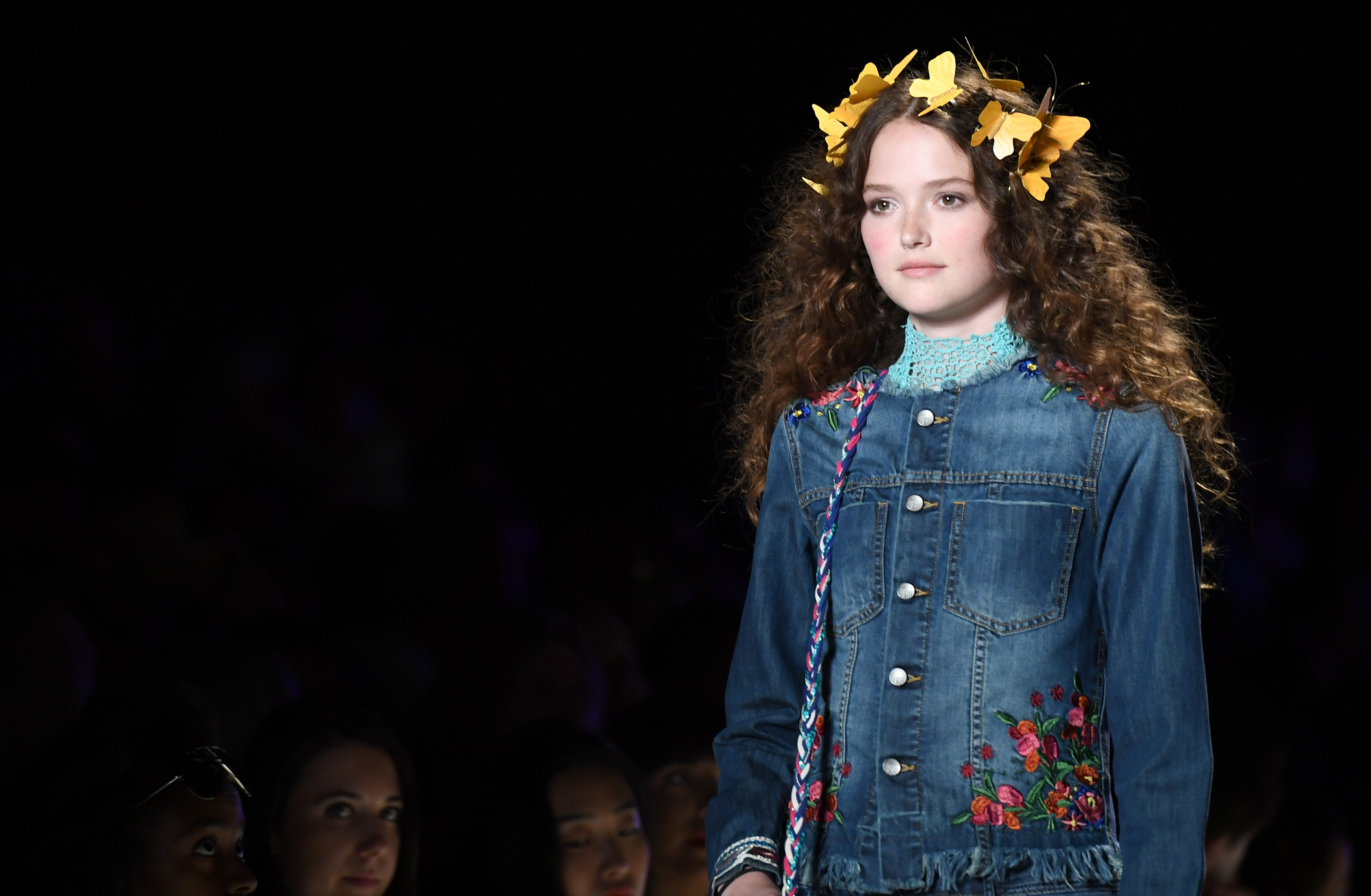 A model displays the fashion of Desigual during New York Fashion Week on September 8, 2016 / AFP / ANGELA WEISS        (Photo credit should read ANGELA WEISS/AFP/Getty Images)