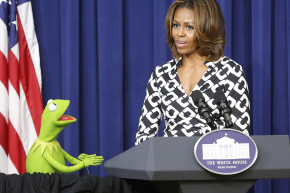 Clinton, Trump Fans Are Now Fighting Over Kermit The Frog