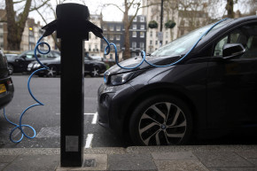 Electric Vehicles Could Be Standard By 2030