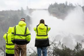 Californians Open Homes To Neighbors Fleeing Floods