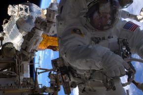 Peggy Whitson Breaks Spacewalk Record