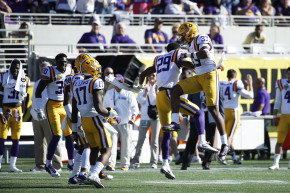 LSU Tells Athletes Not To Wear School Gear At Protests