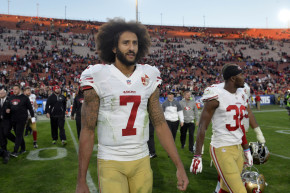 Unemployed Colin Kaepernick Helping Others Find Jobs