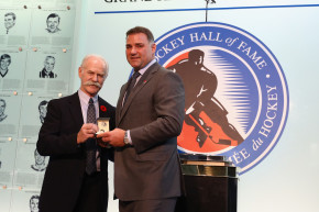 Ban Checking In Youth Hockey, Says NHL Great Eric Lindros